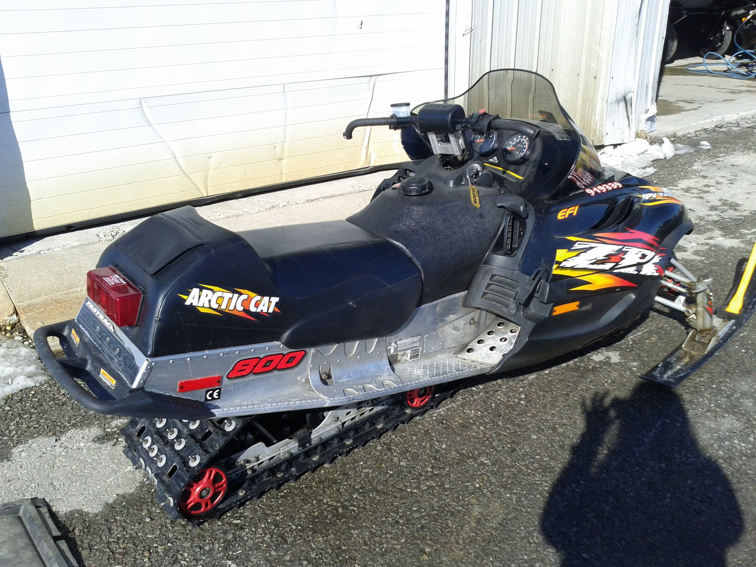 Arctic Cat Snowmobiles : New and used snowmobiles for sale sleds