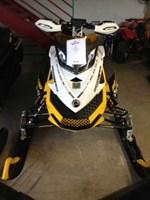 Ski-Doo MX Z  X-RS E-TEC 800R 2011