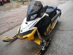 2011 Ski-Doo MX Z TNT E-TEC 800R Photo 8 of 8