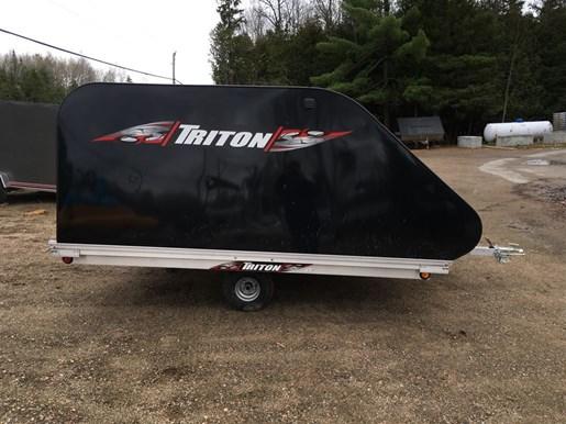 2018 Triton TRITON XT10-101 ENCLOSED Photo 2 of 14
