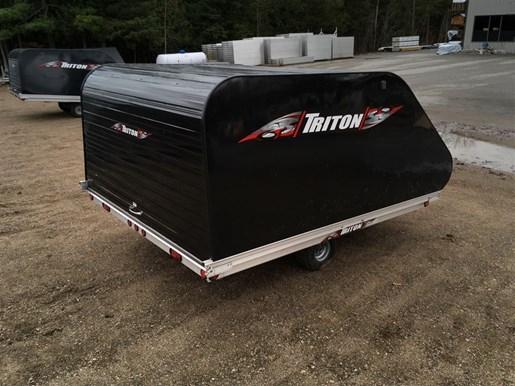 2018 Triton TRITON XT10-101 ENCLOSED Photo 3 of 14