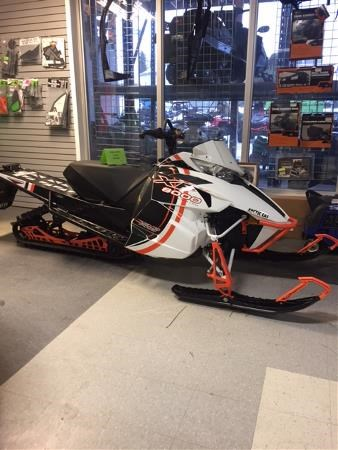 2015 Arctic Cat XF 8000 High Country Limited Photo 1 of 4