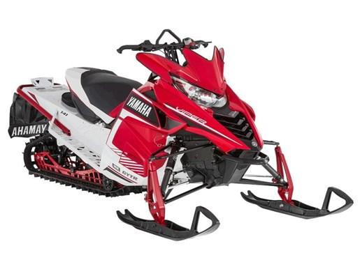 2016 Yamaha SRViper X-TX SE Heat Red / White Photo 1 of 1