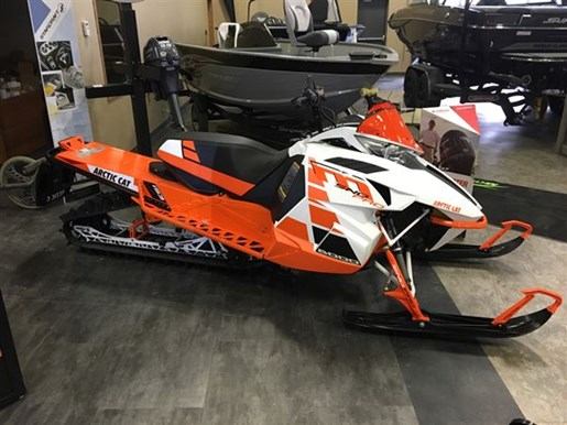 2017 Arctic Cat M 8000 Sno Pro ES 153 Orange Photo 1 of 2