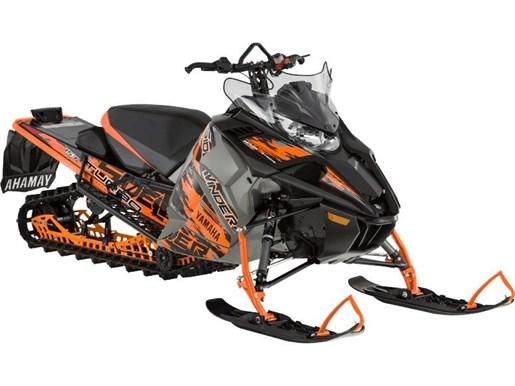 2017 Yamaha Sidewinder B-TX SE 153 Orange / Grey Photo 1 of 1