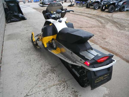 2011 Ski-Doo MX Z TNT E-TEC 800R Photo 7 of 8