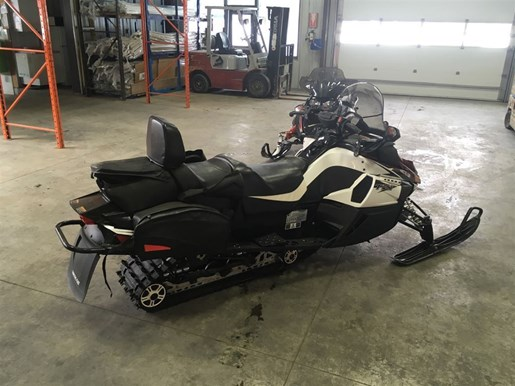 2011 Arctic Cat TZ1 TURBO TOURING Photo 3 of 10
