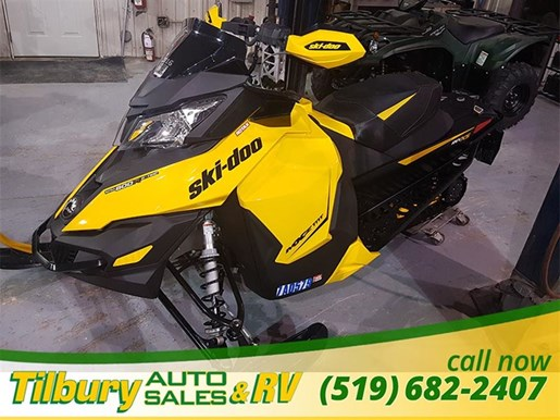 2013 Ski-Doo 800 RE-TEC Photo 2 of 8