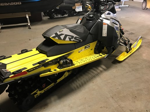 2016 Ski-Doo RENEGADE X-RS 800R E-TEC W/QAS Photo 7 of 12