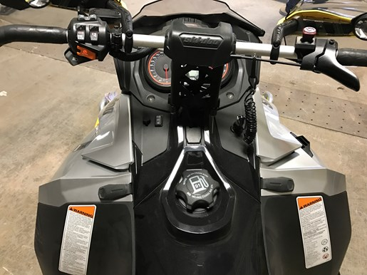 2016 Ski-Doo RENEGADE X-RS 800R E-TEC W/QAS Photo 10 of 12