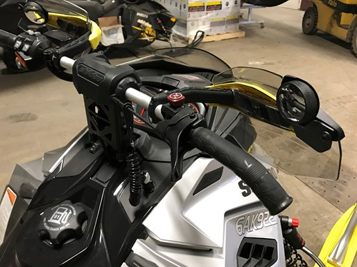 2016 Ski-Doo RENEGADE X-RS 800R E-TEC W/QAS Photo 12 of 12