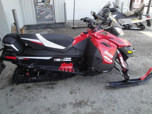 2015 Ski-Doo GSX LE 900 ACE Photo 4 of 15