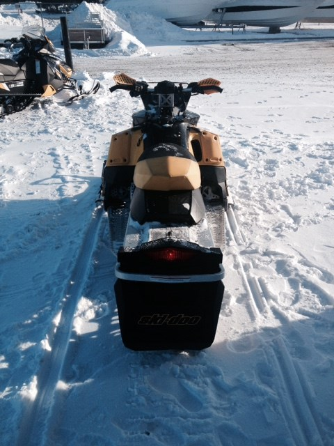 2007 Ski-Doo MXZ 800 Power Tec Photo 3 of 4