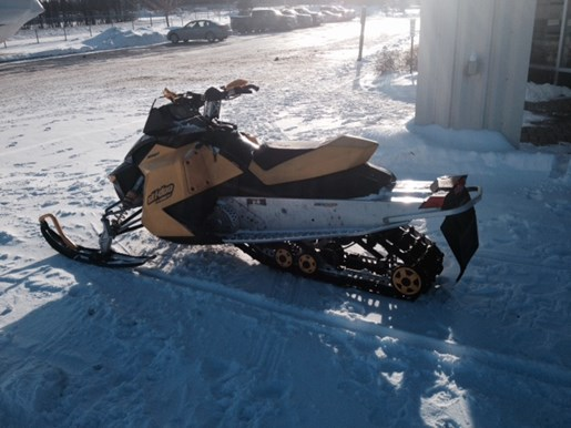 2007 Ski-Doo MXZ 800 Power Tec Photo 4 of 4