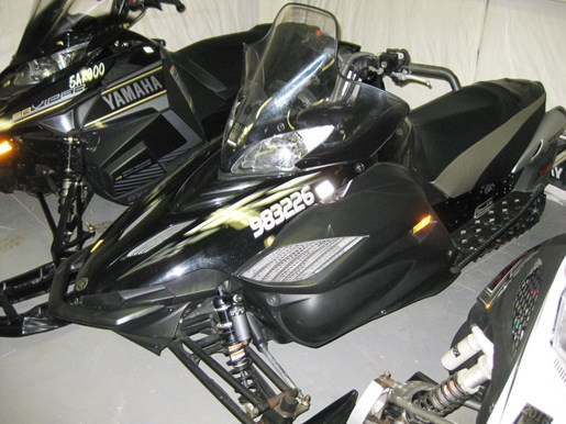 2006 Yamaha Apex GT Photo 2 of 4