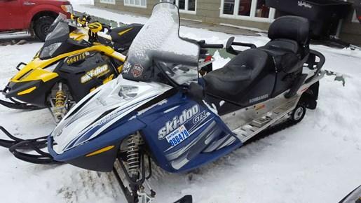 2005 Ski-Doo GTX Sport 2-TEC 600 HO Photo 3 of 5