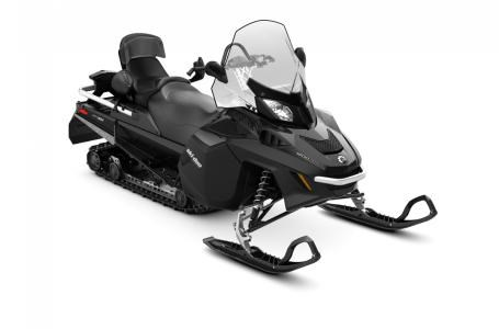 2018 Ski-Doo Expedition® LE 1200 4-TEC® Photo 2 of 4