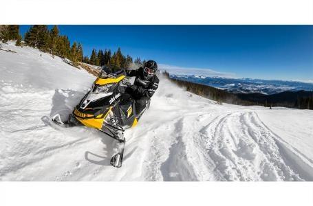 2017 Ski-Doo MXZ® Blizzard™ 800R E-TEC® Photo 3 of 3