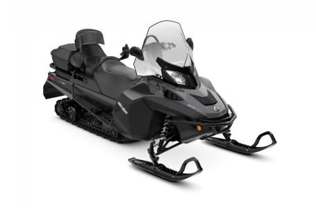 2018 Ski-Doo Expedition® SE 1200 4-TEC® Photo 2 of 2