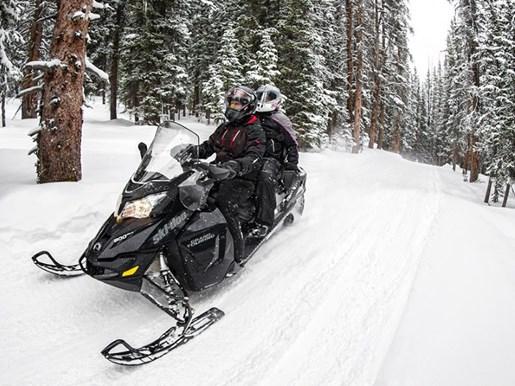 2018 Ski-Doo Grand Touring LE Ripsaw 1.25 STIS Rotax® 900 ACE R Photo 3 of 3