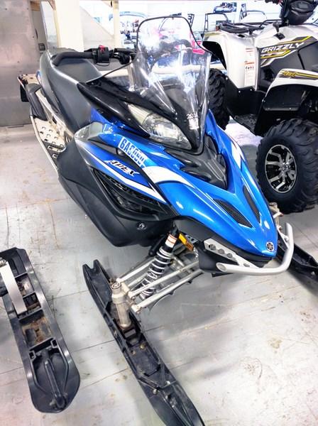 2011 Yamaha Apex X-TX Photo 2 of 4