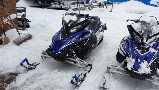 Yamaha apex x tx 2011 used snowmobile for sale in fenelon for 2011 yamaha snowmobiles for sale
