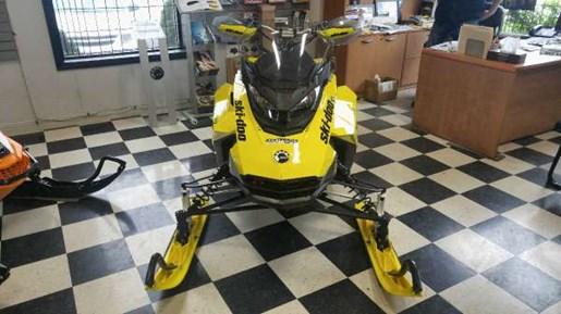 2017 Ski-Doo MXZ  X 850 E-TEC Sunburst Yellow Photo 1 of 5