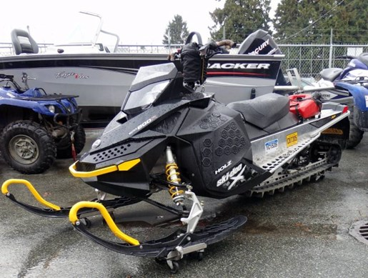 2008 Yamaha Ski Doo Summit 800 Rev-XPR 154 Photo 6 of 6