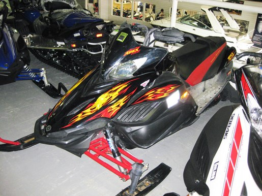 Yamaha apex rtx 2009 used snowmobile for sale in innisfil for Used yamaha apex for sale