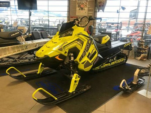 2018 Polaris 800 PRO-RMK 163 SnowCheck Select LIme Squeeze / Bl Photo 1 of 4