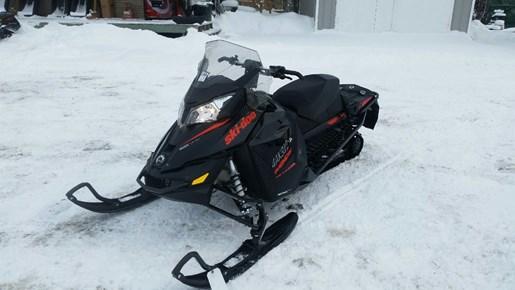 2015 Ski-Doo MX Z® TNT™ Rotax® 800R E-TEC® - Black Photo 2 of 5