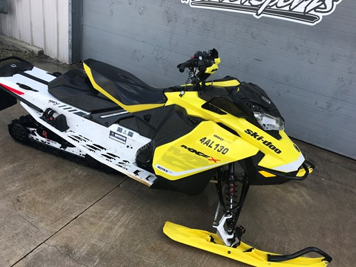 2017 Ski-Doo MXZ X 850 E-TEC Photo 2 of 7