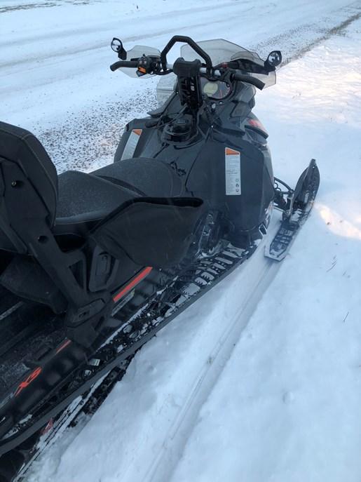 2015 Ski-Doo Renegade Backcountry X 800 + Triton Trailer Photo 2 of 13