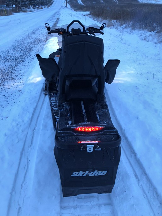 2015 Ski-Doo Renegade Backcountry X 800 + Triton Trailer Photo 4 of 13