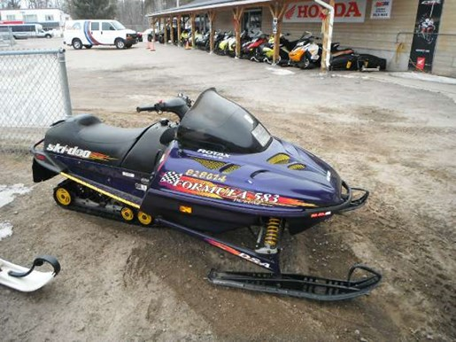 1998 Ski-Doo Formula DLX 583 Photo 2 of 3