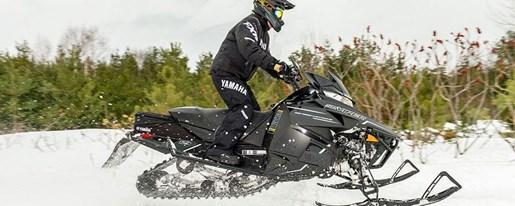 2018 Yamaha SRVIPER R-TX Photo 3 of 9