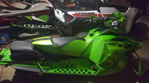 2016 Arctic Cat ZR 9000 Limited 137 Team Arctic Green Photo 3 of 4