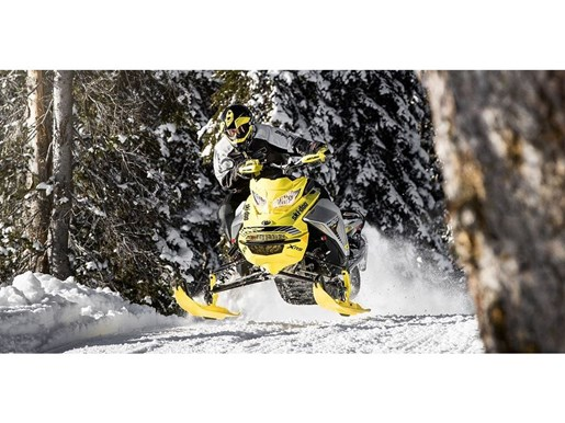 2019 Ski-Doo MXZ X-RS 600 E-TEC - SPRING ONLY Photo 11 of 12