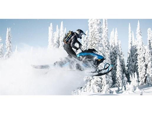 2019 Ski-Doo Summit X 165 850 E-TEC - SPRING ONLY Photo 2 of 24
