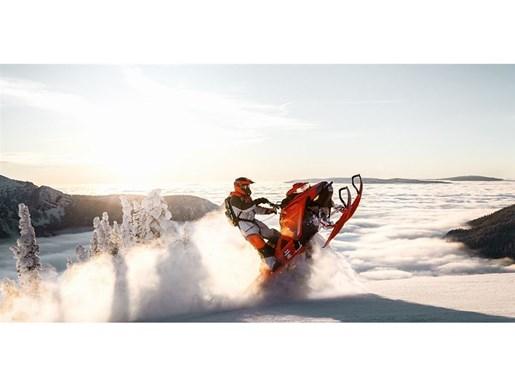 2019 Ski-Doo Summit X 165 850 E-TEC - SPRING ONLY Photo 10 of 24