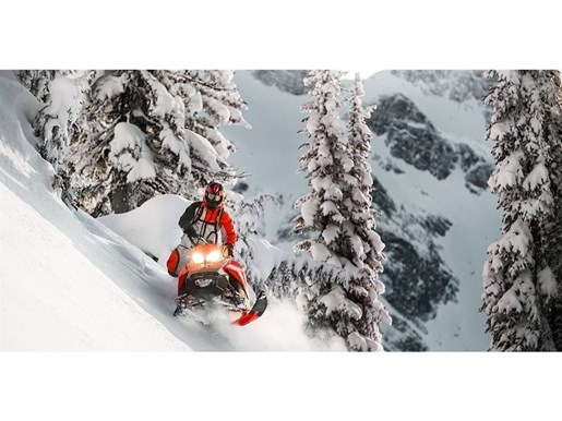 2019 Ski-Doo Summit SP 165 850 E-TEC Photo 2 of 15