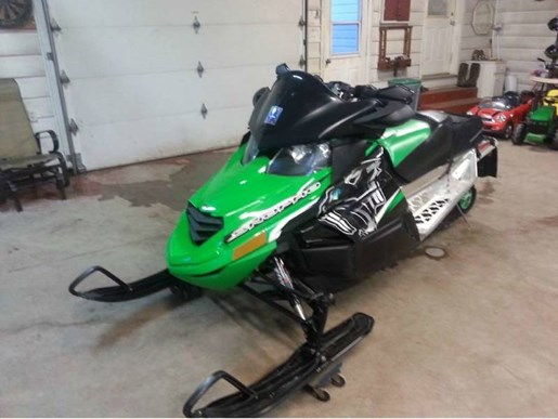 2011 Arctic Cat Z1 Turbo Sno Pro® Photo 2 of 5