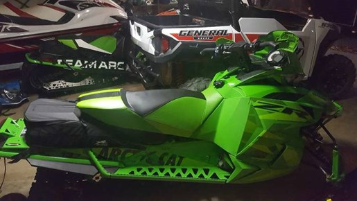 2016 Arctic Cat ZR 9000 Limited (137) Photo 3 of 3