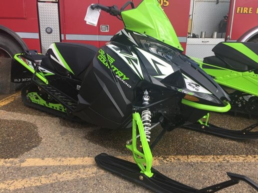 2018 Arctic Cat XF 8000 Cross Country Limited ES (137) Photo 1 of 4