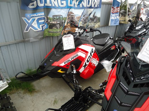 2018 Polaris 800 SWITCHBACK XCR SC Photo 1 of 2