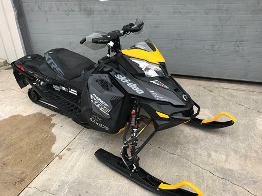 2016 Ski-Doo MXZ XRS 800R ETEC Photo 2 of 8