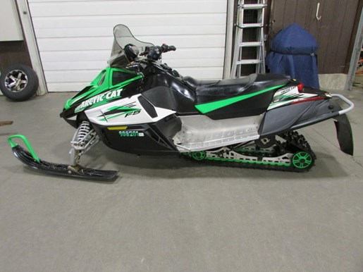 2009 Arctic Cat F5 LXR Photo 2 of 4