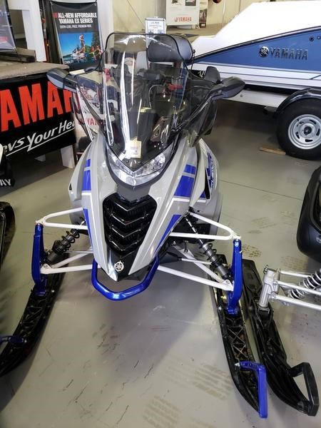 2018 Yamaha SRVenture DX Photo 2 of 13
