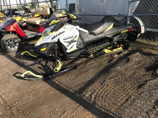 2016 Ski-Doo MXZ X 1200 4-Tec Photo 6 of 7