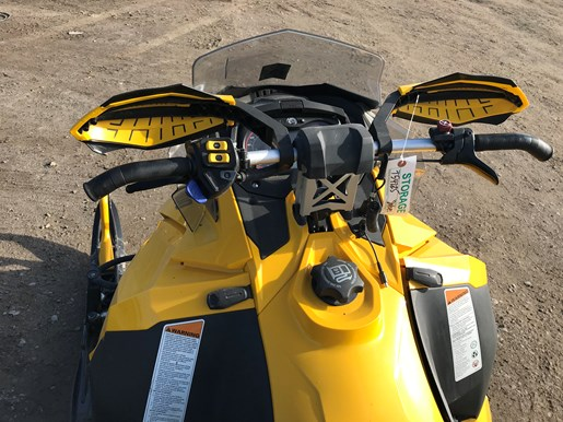 2013 Ski-Doo MXZ TNT 800R ETEC Photo 4 of 5